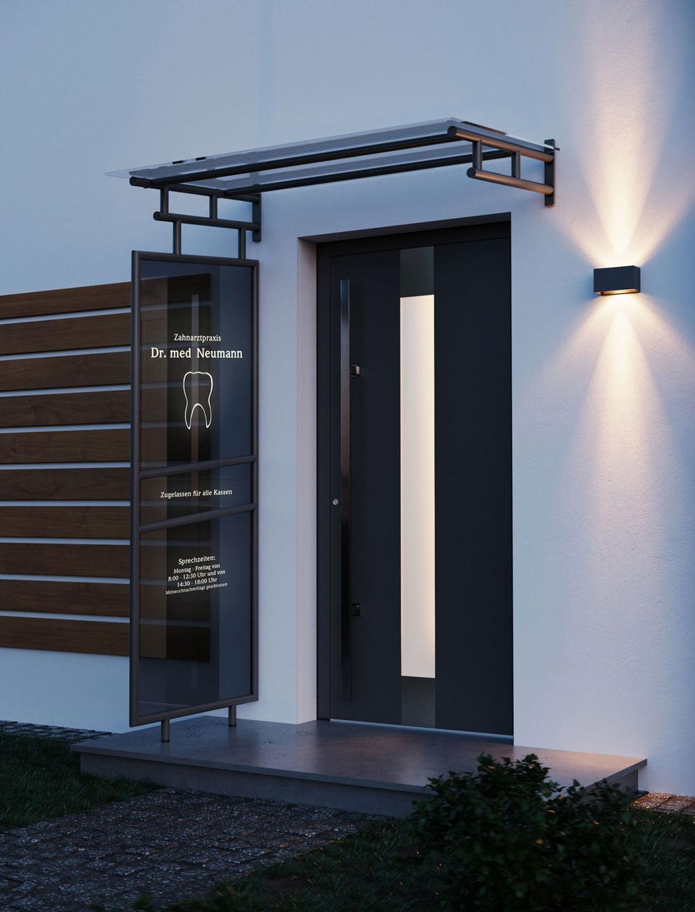 Vordach Modell 2200 mit LED Beleuchtung im Seitenteil